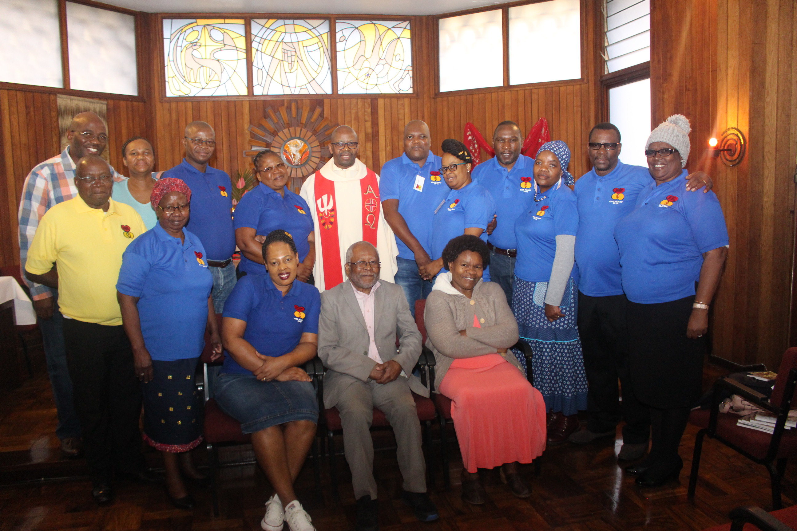 Bishop Zolile Mpambani SCJ with Marriage Encounter Couples at Trefontane – Mariannhill