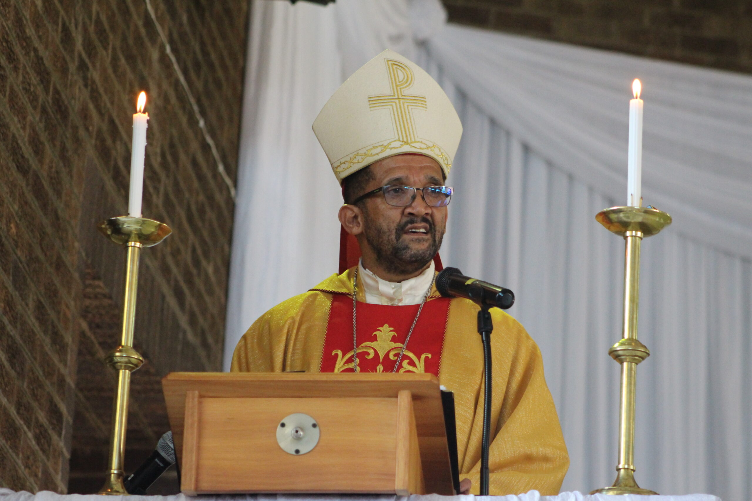 Bishop Sithembele Sipuka call to South Africans to resist culture of corruption